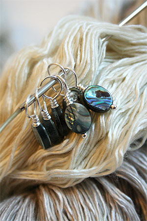 Knitifacts :: Paula Shell Stitch Markers - Fits up to US9 (Regular)