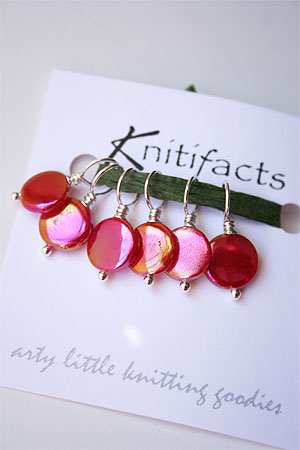 Knitifacts Mother of Pearl - Hot Pink  Stitchmarkers
