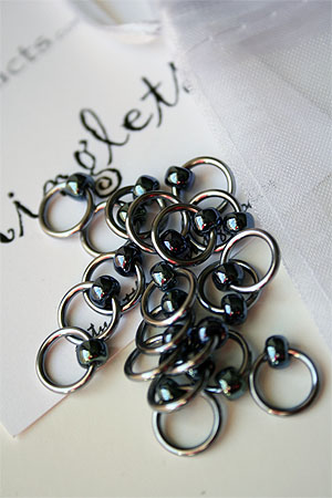 Knitifacts Luxury Yarn Stitch Markers in Brushed Steel