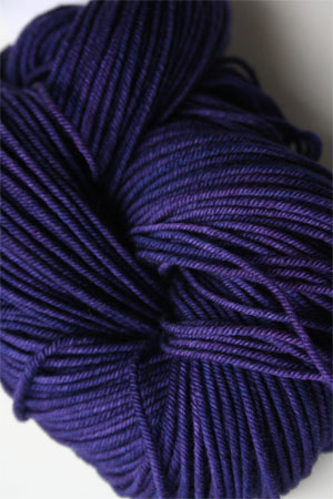 madelintosh vintage yarn in 116 Iris