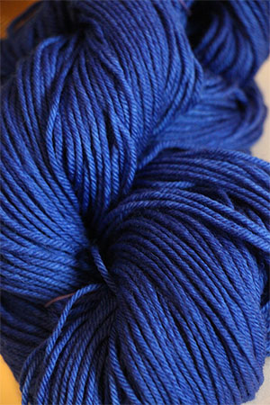 TOSH DK 4-Ply Yarn in color Lapis (037)