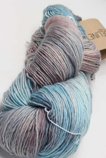 Tosh Merino Light Cloud Dweller