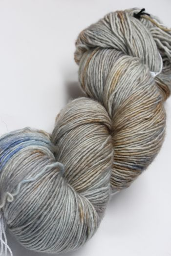 Tosh Merino Light Court & Spark