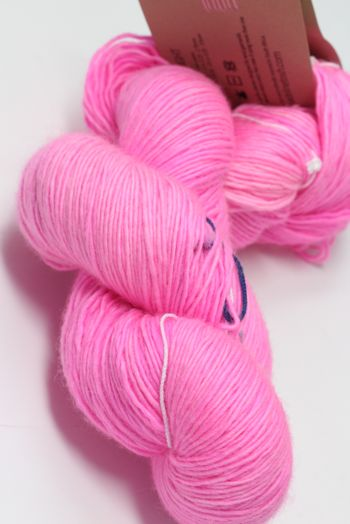 Tosh Merino Light Neon Pink