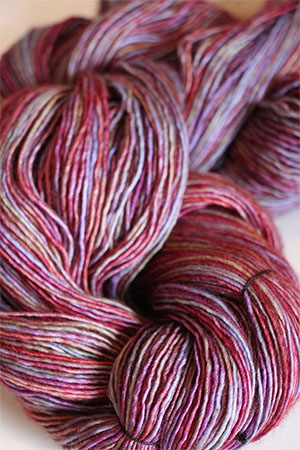 TOSH Tosh Merino LIGHT yarn in Alazarin (205)