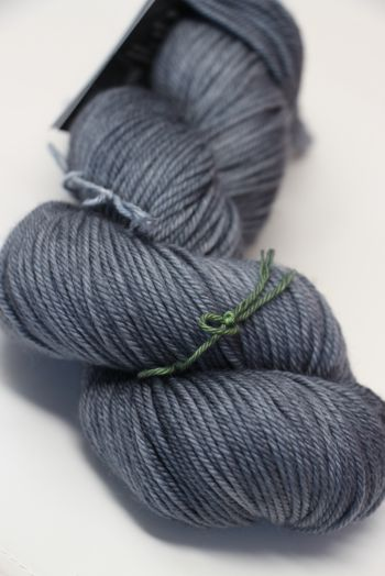 madelinetosh VINTAGE in Charcoal
