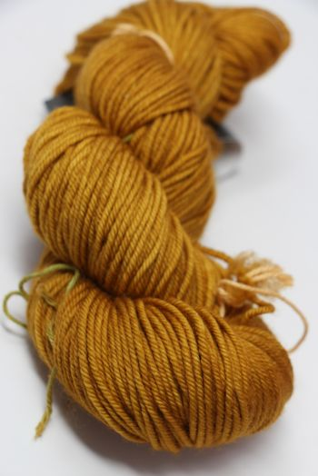 madelinetosh VINTAGE in Liquid Gold