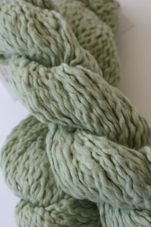 Pakucho Flamme Yarn in Celery Leaf