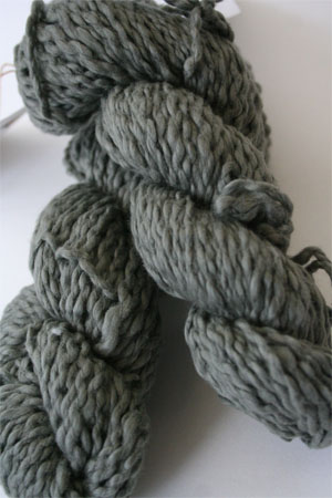Pakucho Flamme Yarn in Mossy Rock