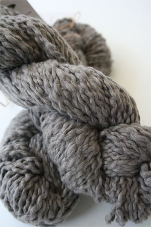 Pakucho Flamme Yarn in Purple Pewter