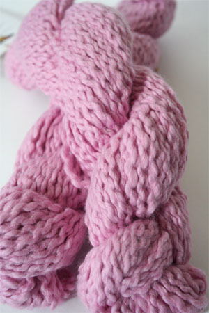 Pakucho Flamme Yarn in Orchid