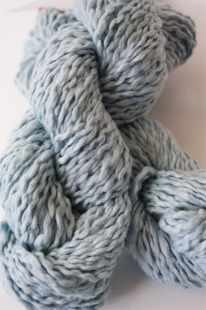 Pakucho Flamme Yarn in Morning Sky