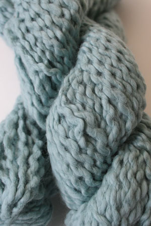 Pakucho Flamme Yarn in Aqua Reef