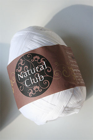 Paper Yarn from Natural Club in 01 White
