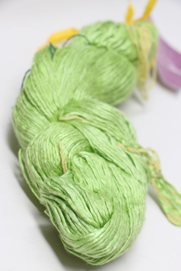 Peau de Soie Silk Yarn in Key Lime
