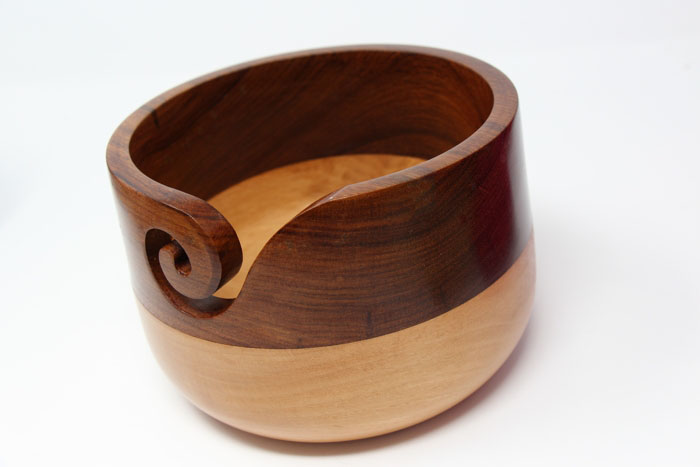 Sheesham Carved Ink Leaf Zen Yarn Bowl