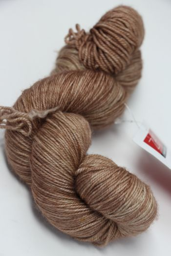 Zen Yarn Garden Serenity 20 (fingering) in LATTE